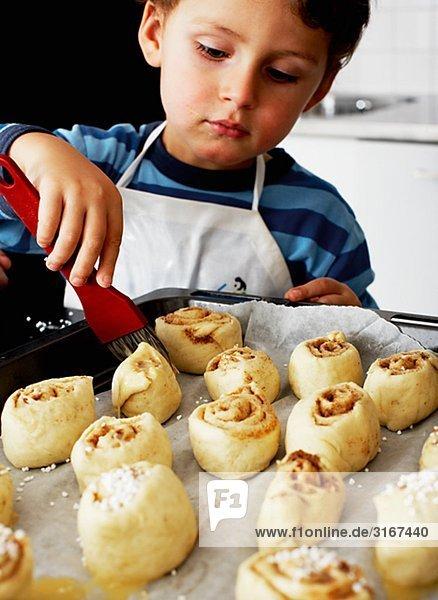 Eine junge baking Schweden.