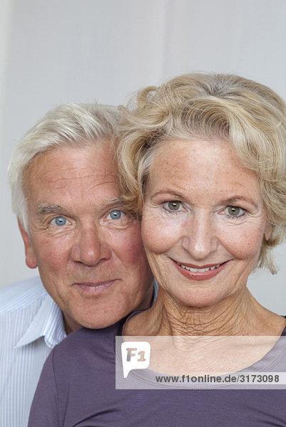 Glückliches Seniorenpaar Glückliches Seniorenpaar