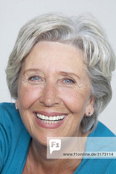 Glückliche Seniorin Glückliche Seniorin