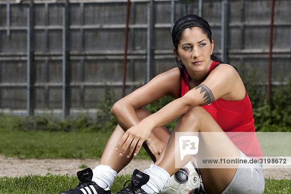 Porträt von weiblichen Fußballspieler