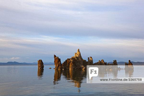 USA  Kalifornien  Süd-Tuffsteingebiet  Mono Lake