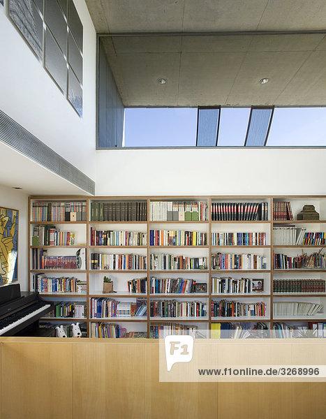 Ansicht der Halle mit errichtet in Bibliothek