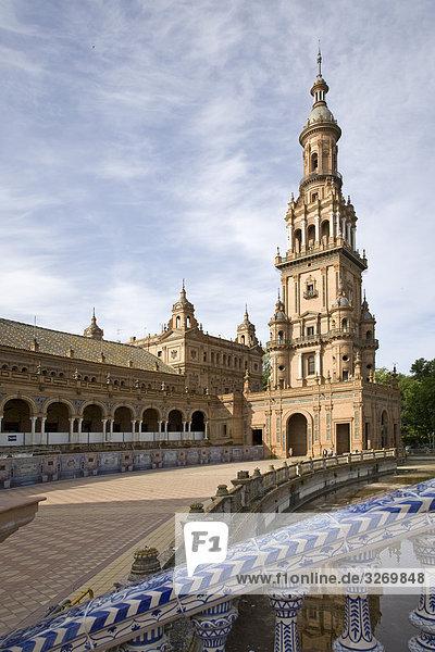 Hof eines Palastes  Plaza De Espana  Sevilla  Andalusien  Spanien