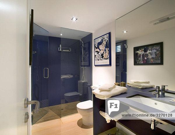 dusche madrid spanien qp01150700030 trespa harz platte verkleidung innere der bad quick. Black Bedroom Furniture Sets. Home Design Ideas