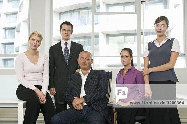 Ein Porträt eines Geschäftsteams