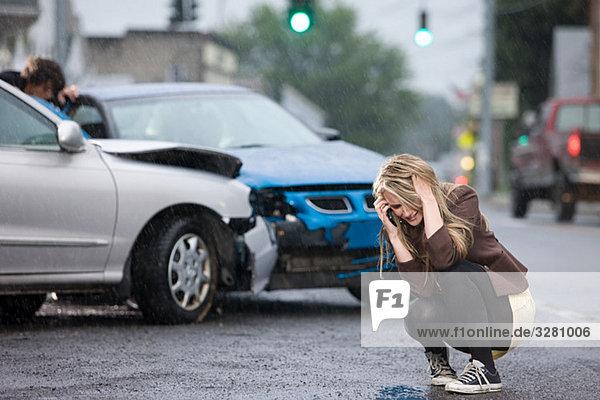 Junge Frau in Verkehrsunfall verwickelt