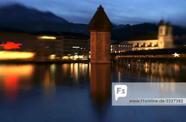 Kapellbrücke und Jesuitenkirche St. Franz Xaver in Luzern