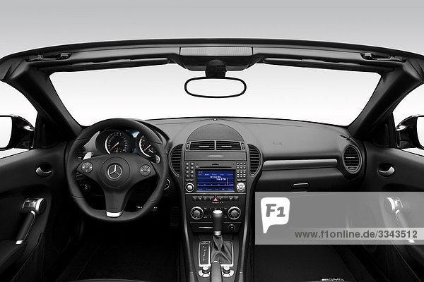 2010 Mercedes-Benz SLK-Klasse SLK55 AMG in schwarz - Dashboard  Mittelkonsole  Getriebe-Shifter-Ansicht