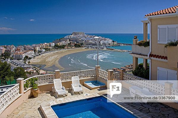 10864866  Spain  Valencia  region  area  Castellon  province  Peniscola  town  city  sea  castle  beach  seashore