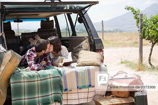 küssen Geländewagen