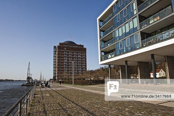 Uferpromenade und Augustinum  Hamburg  Deutschland  Europa