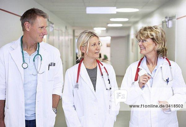 Drei Ärzte