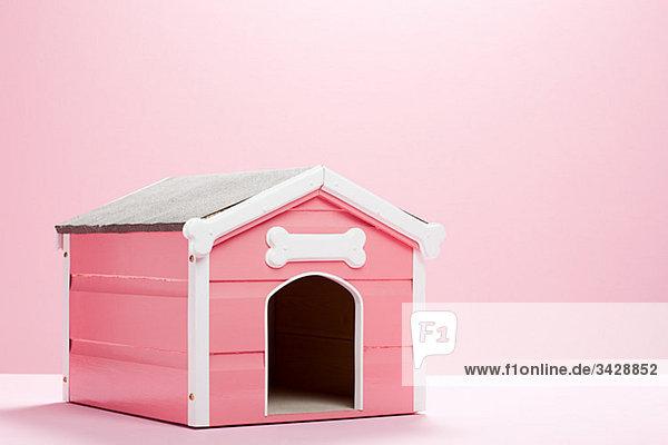 Rosa Hundehütte