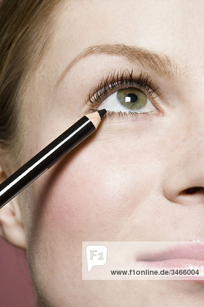 Eine Frau mit Eyeliner  Detail des Auges