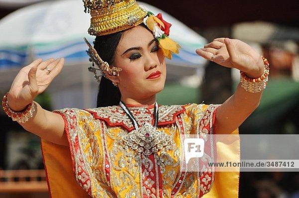Chiang Mai (Thailand): a dancer performing a Khon dance at the wat Phra Singh