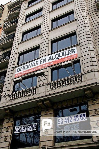 Rent offices in Travesera de Gràcia  Catalonia  Spain.