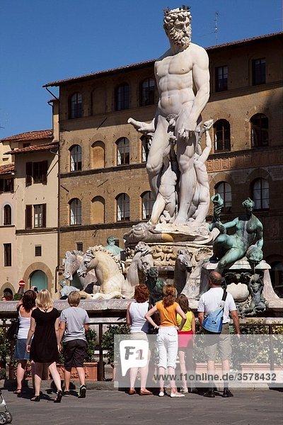 Statue / Fountain of Neptune   Piazza della Signoria   Florence   Italy
