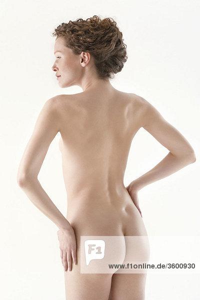 Rückansicht einer nackten Frau