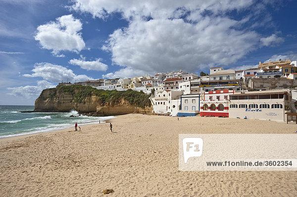 Strand von Carvoeiro  Algarve  Portugal