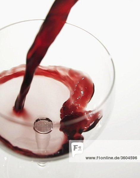 Rotwein einschenken Rotwein einschenken