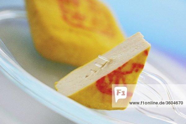 Tofu mit gelber Rinde