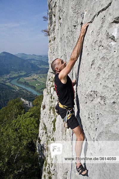 Klettern  Sport  Ennstal  Losenstein  Nixloch  Österreich  Berg  Wand  steilen  steilen  Mann  vertikal  freies Klettern  Sport  Freeclimbing Klettern, Sport, Ennstal, Losenstein, Nixloch, Österreich, Berg, Wand, steilen, steilen, Mann, vertikal, freies Klettern, Sport, Freeclimbing,