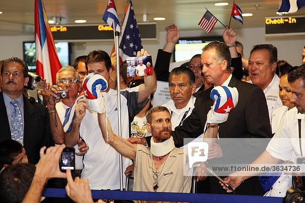 Arrival of the dissident Ariel Sigler Amaya to Miami for physical recovery after having spent much time in the prisons of Cuba  Florida  USA