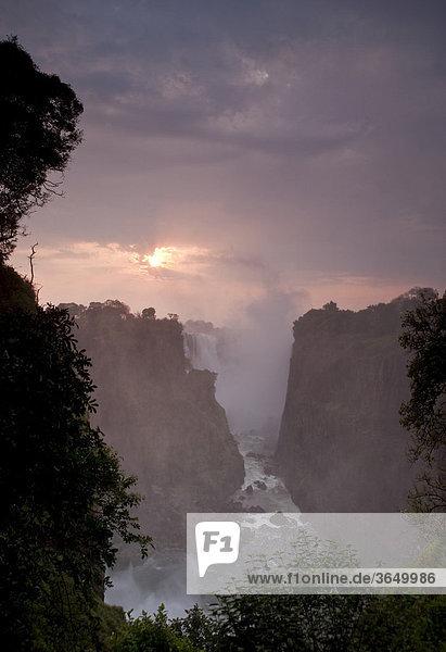 Devil's Cataract  Victoriafälle  Victoria Falls Nationalpark  Simbabwe  Afrika