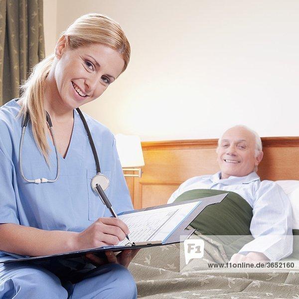 Patientin Bericht Vorbereitung Gesundheitspflege