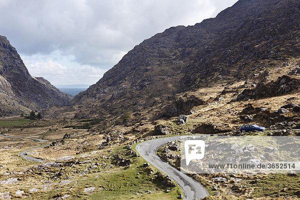 Passstraße  Gap of Dunloe nahe Killarney  County Kerry  Irland  Britische Inseln  Europa