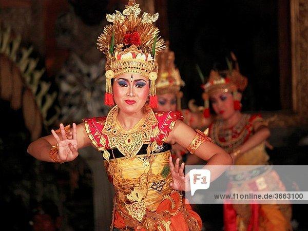 Indonesia  Bali  Ubud  classical dancer  Ramayana ballet performance
