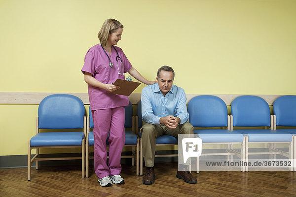 Patientin Mitleid Zimmer warten