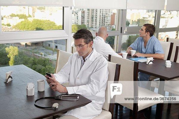 Ärzte in Kaffeepause eine cafeteria