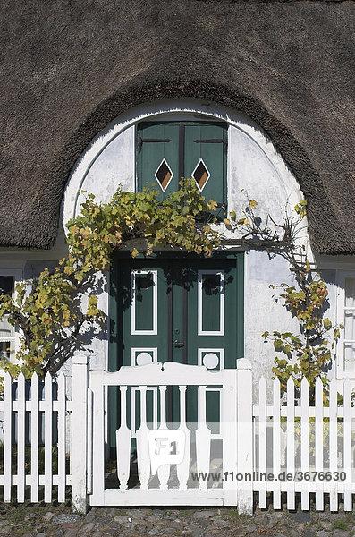 Eingang eines typischen alten Hauses in Sönderho auf der Insel Fanö in Dänemark