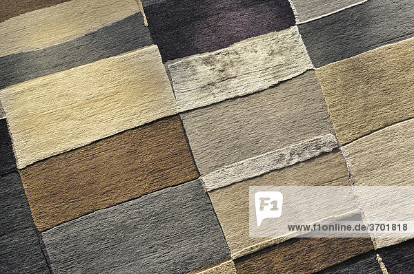 Muster verschiedenfarbiger Teppiche
