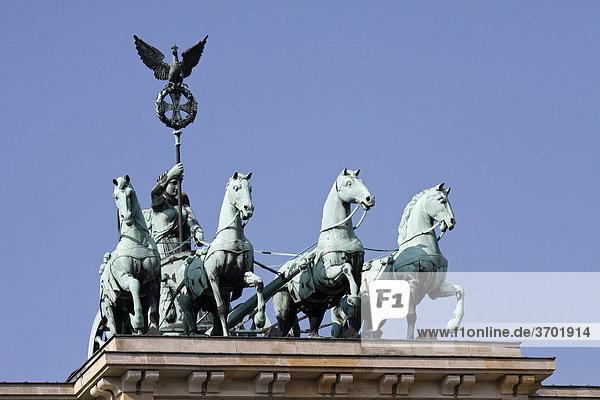 Quadriga auf dem Brandenburger Tor  Berlin  Deutschland  Europa