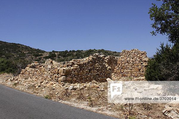 Old shepherd's hut  Crete  Greece  Europe