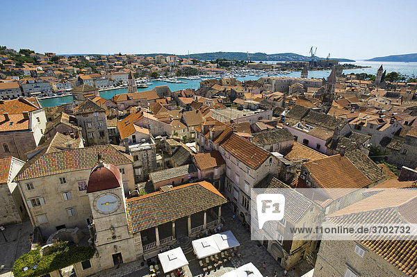 Overlooking the roofs of Trogir from the Campanile  bell tower  Lawrence Cathedral  Trogir  Northern Dalmatia  Croatia  Europe