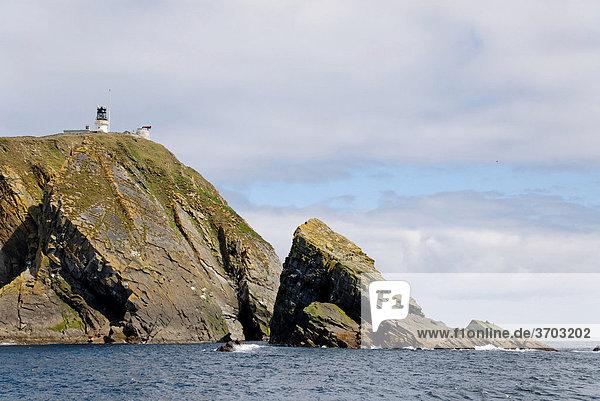 Sumburgh Head mit Leuchtturm  Mainland Shetland  Schottland  Großbritannien  Europa