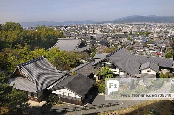 Blick auf den Enkoji-Tempel und Kyoto vom Berg des Tempelgeländes  Kyoto  Japan  Ostasien  Asien
