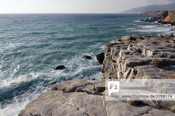 Felsen an der Westküste  Insel Karpathos  Ägäische Inseln  Ägäis  Dodekanes  Griechenland  Europa