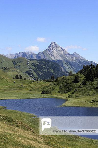 Kalbelesee lake at Hochtannbergpass with Bieberkopf  Lechtal Alps  Vorarlberg  Austria  Europe