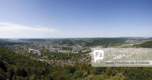 Blick auf die Stadt Marburg an der Lahn  Hessen  Deutschland  Europa