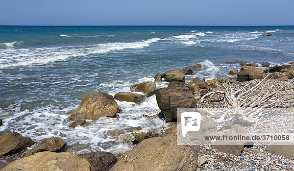 Wild coast near Kamiros  Rhodes island  west coast  Greece  Southern Europe  Europe