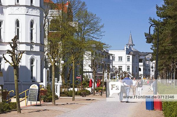 Insel Rügen Mecklenburg-Vorpommern Deutschland Binz Uferstrasse