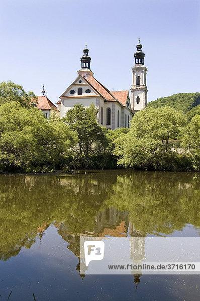 Pielenhofen Oberpfalz Bayern Deutschland ehemaliges Zisterzienserinnenkloster Klosterkirche St. Maria über der Naab
