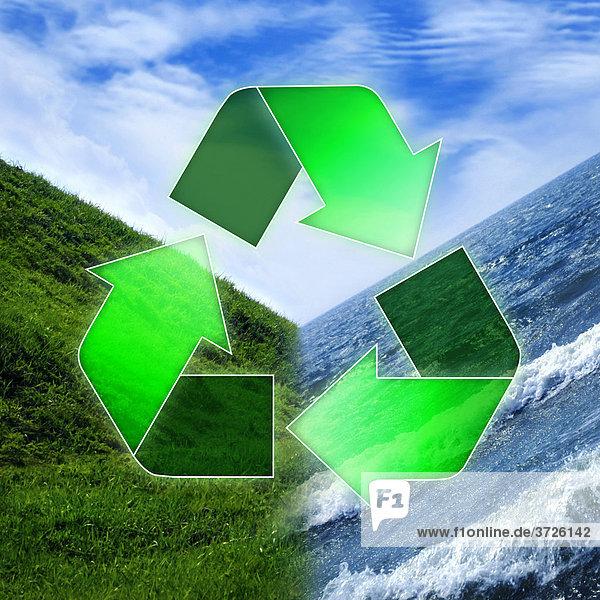 Recycling-Symbol über den drei Elementen Wasser  Erde  Luft  Umwelt und Ökologie-Konzept