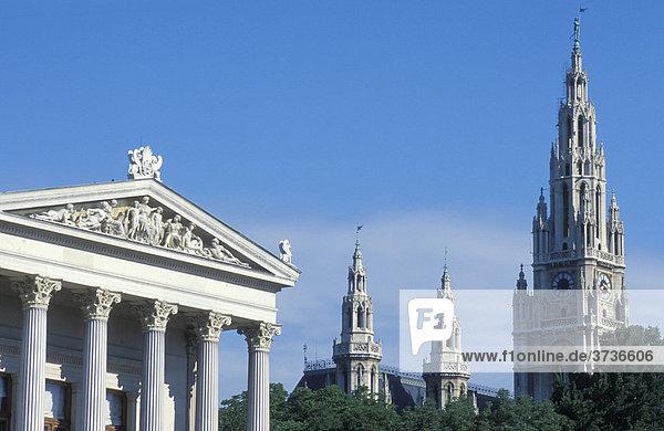 Parlament links  Rathaus rechts  Wien  Österreich  Europa