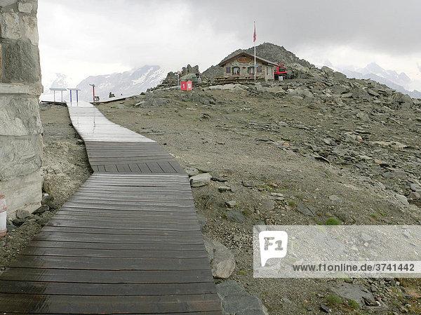 Weg zum Eggishorn  Wallis  Schweiz