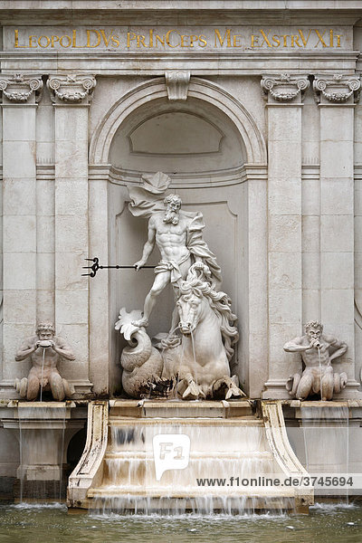 Neptunbrunnen am Kapitelplatz  Stadt Salzburg  Österreich  Europa